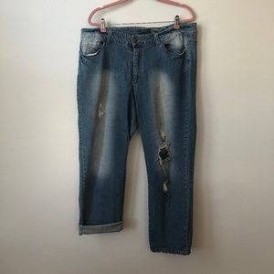 Forever 21 Distressed Boyfriend Ankle Jeans